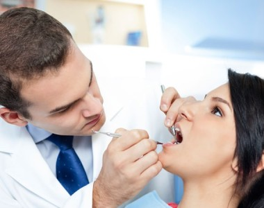 The Telltale Signs You Need A Dentist