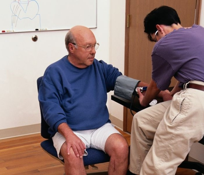 Why Visit a Testosterone Replacement Therapy Clinic?