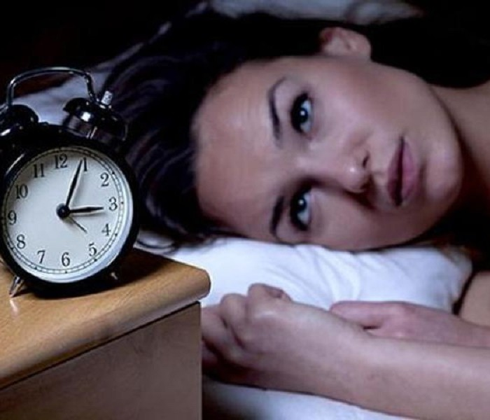 UNDERSTANDING THE LINK BETWEEN DEPRESSION AND SLEEP DEPRIVATION
