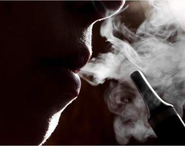 5 reasons you should switch from smoking to vaping